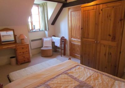 stable-cottage-4